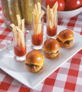 mini_burgers_and_fries1